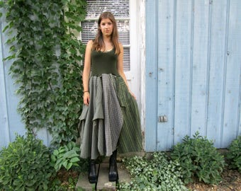 Upcycled Green Bohemian Gypsy Dress// Medium// Reconstructed// emmevielle