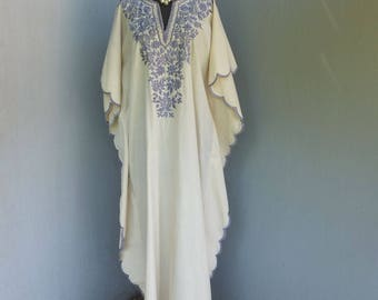 1970s CAFTAN, Beige and Lavender, Leandra Crochet Embroideries, Long Dress, Maxi Dress, Hippie, Gypsy
