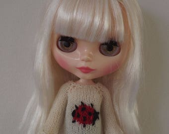 Blythe Ladybird Sweater/Jumper, Custom Blythe outfit, Blythe clothes, Blythe knitted Top