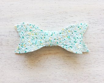 Honeydew Glitter Emma Bow. Frappe Collection. 3 inch Medium Bow. Clip or Headband. RTS