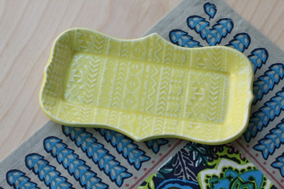 yellow butter dish/ small tray