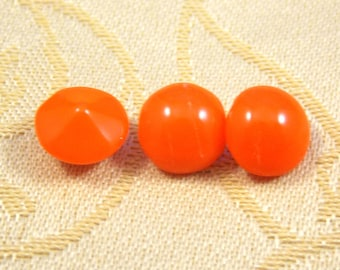 West Germann, Vintage, Coral, Glass, Cabochons,8.4mm Round with a pointed back, 12 Pieces