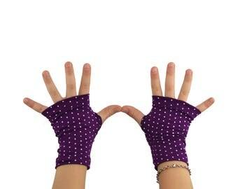 Toddler Arm Warmers in Plum Polkadot - Purple - Bamboo Fingerless Gloves