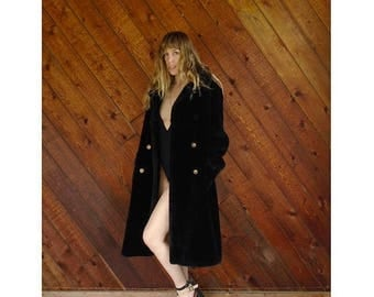 20% off SUMMER SALE. . . Luxe Oversized Black Faux Fur Coat - Vintage 50s - M