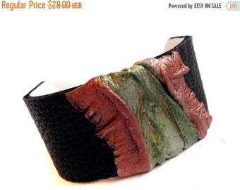 40% OFF SALE Leather bracelet Women cuff Stylish Rustic Leather jewelry Wristband Casual Elegance collection.