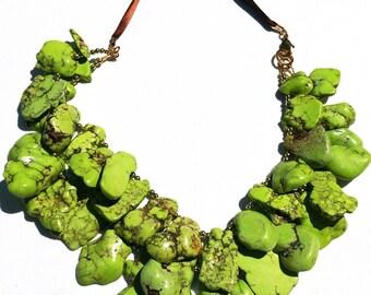 Green Petal Turquoise Howlite Handmade Necklace