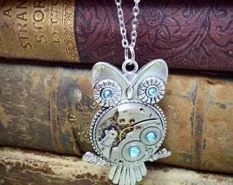 Steampunk Pendant - Who's Time - Steampunk Necklace - Owl pendant - Aquamarine