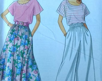 Split Skirt Pattern Simplicity 8267 Misses Skirt Split Skirt and Top Pattern Misses size PT to XL 1990s Split Skirt Pattern