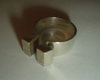 Silver ring modernist bark effect sterling vintage adustable open size US 7.5 8 UK P Q