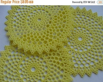 ONSALE 3 Vintage Kitsch Plastic Spring Yellow  Doilies Stunning in Unused Condition Lot