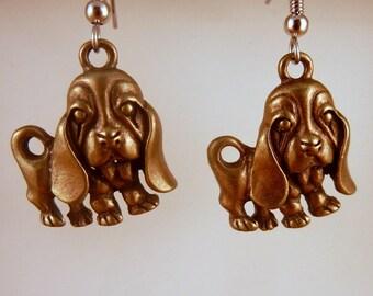 Puppy Earrings Basset hound