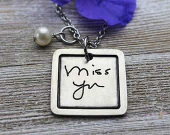 Custom Handwriting Chelsea Pendant Necklace with your loved one's actual handwriting, Fine Pewter
