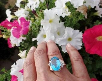 Huge Blue Topaz Diamond 10K Gold Vintage Cocktail Ring Statement Estate Fine Jewelry Sz 6.5