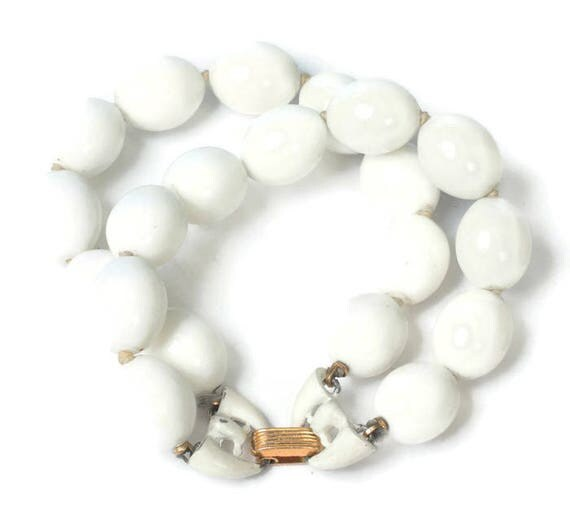 Crown Trifari White Bead  Bracelet Two Strand Vintage