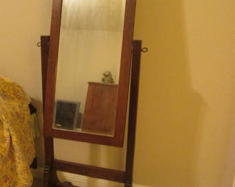 Misson style cheval mirror, oak, dates from the 1930's great condition