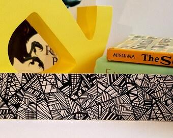 Bookmark ~ Black, White & Read