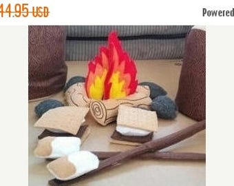 Back to school sale Felt Campfire - photography prop - pretend campfire - pretend play - camping - Bonfire - felt food - toy fire - play set