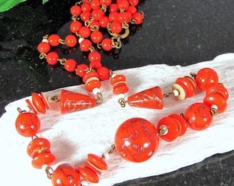 Vintage MURANO AVENTURINE GLASS Bead Necklace Cherry Red White Beads