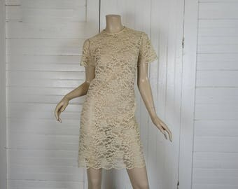 60s Lace Mini Dress in Ecru / Ivory / Beige- 1960s Short Wedding Dress- Large- Mod- Short Sleeve- Shift Dress