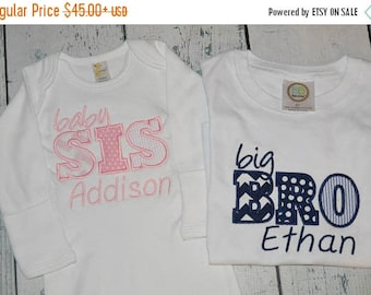 ON SALE Custom Sibling tee and infant Gown Set Personalized Big Brother Big Sister Little Brother Little Sister