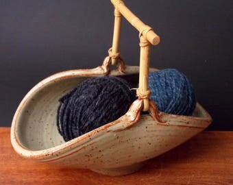 Double Ball Yarn Bowl With Bamboo Handle