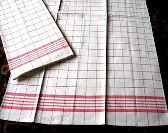 TOWEL Kitchen Bath Vintage UNUSED Washstand Guest Display Set 2 NEW Plaid Stripe Red Pair