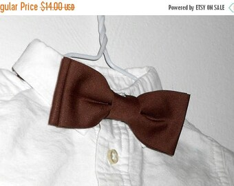 Brown Bowtie - Infant, Toddler, Boys             2 weeks before shipping