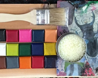 Homemade ENCAUSTIC Paint STARTER KIT  15 paints brush and medium  Wax for Collage