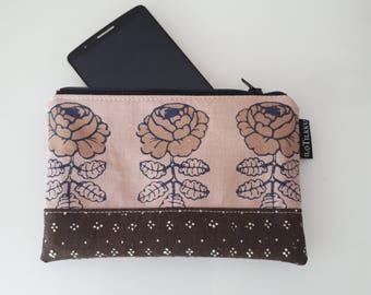 SUPER SUMMER cell phone case wallet zipped pouch made of vintage 60's brown Marimekko fabric VIHKIRUUSU iPhone Nokia Lg tillukka