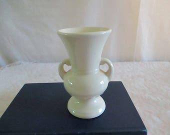 Shawnee Pottery Vase Small Cream Bud