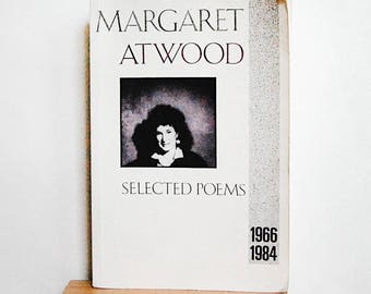 Vintage Poetry Book Margaret Atwood Selected Poems 1966 to 1984 Paperback Literature First Print