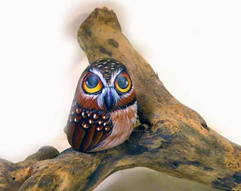 Little Owl, hand painted on a stone
