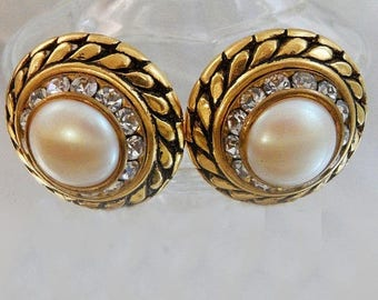 SALE Vintage Pearl and Rhinestone Earrings. Bold Gold. Mabe Pearl. Clear Channel Set Rhinestones.