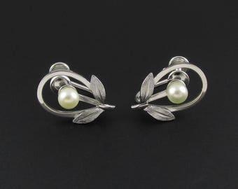 Van Dell Pearl Earrings, Sterling Silver Earrings, Pearl Earrings, Silver Earrings, Small Earrings, Delicate Earrings, Feminine Earrings