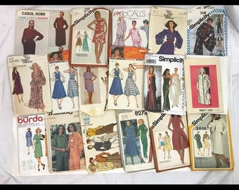 Lot of 17 women's sewing patterns from 70s and 80s Vogue Designer Jessica McClintock