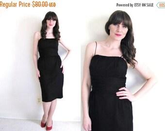 ON SALE Little Black Dress / 50s Dress / 50s Wiggle Dress