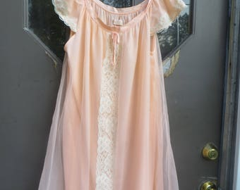 Vintage Peach Nightgown, Erica Loren  double layered   nylon  60s  Baby Doll Nightgown with Ribbon and Lace,  Vintage Negligee sz med