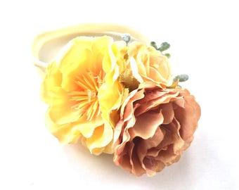 Baby Headband - Flower Headband - Flower Garland - Bouquet - Silk Flower - Nylon Headband - Autumn Fall Style - Yellow Tan Cream