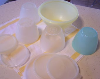 4 Vintage Tupperware Wonderlier Bowls with Lids, Food Storage, Yellow, Aqua, Sheer, 1950s-60s Tupperware Storage