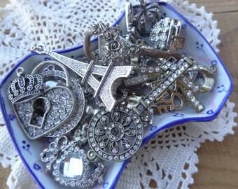 Vintage Jewelry - Findings - Lot - Costume Jewelry Parts - Rhinestone Destash - Love Paris - Skeleton keys- Hearts -D228