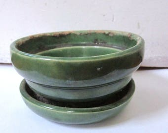 Old Green McCoy Pottery planter