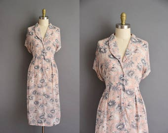 vintage 40s dress. 1940s vintage pink chiffon with a gray floral print dress