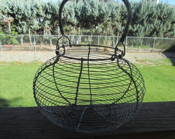 Vintage Egg Basket with Wire wrapped handle