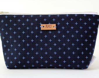Indigo Makeup Bag, Personalized Makeup Pouch, Monogram Cosmetic Case, Small Makeup Bag, Small Navy Zipper Pouch, Personalized Clutch