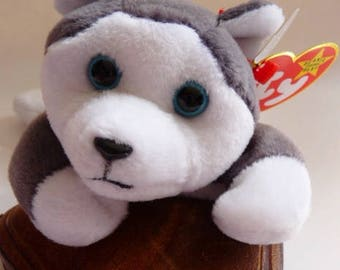Ty Beanie Baby Nanook the Husky   Retired   Style 4104   DOB 11. 21. 96.   MWMT with errors