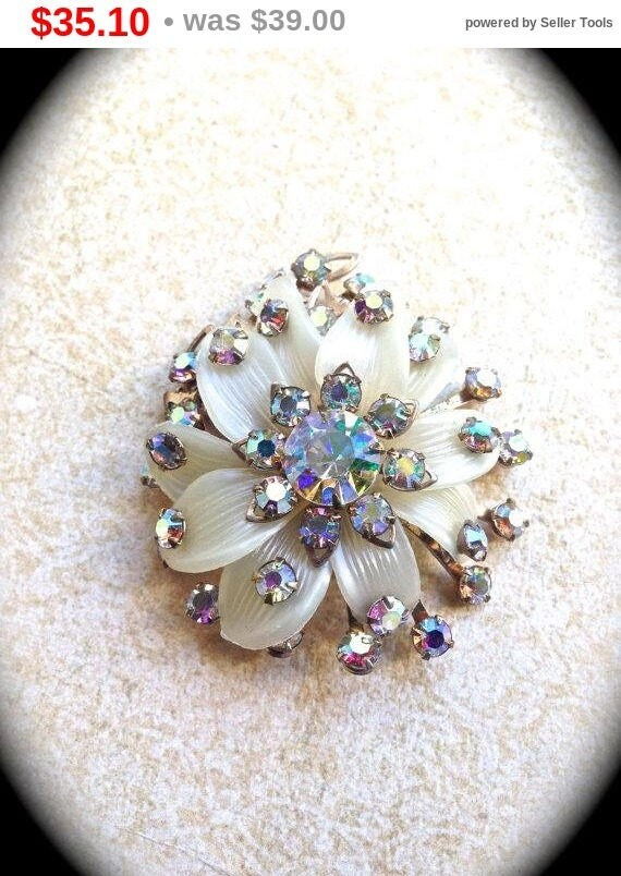Summer Sale Flower Rhinestone Brooch, Vintage Jewelry Pin/Brooch