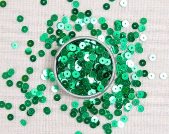 Sequins & Beads // Kelly Metallic Beads, Green Seed Beads, 4mm Flat Sequins, Sequin Appliqué, Felt Embellishment, Glass Beads Size 11