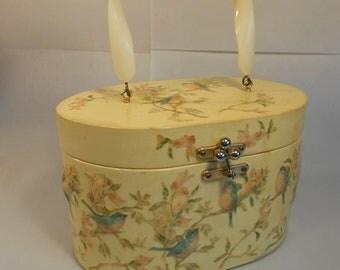 Anniversary Sale 35% Off Summer Holidays in Kent  - Vintage 1950s Annie Laurie Originals Dickie Birds Decoupage Wooden Box Handbag