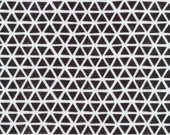 Organic KNIT Fabric - Cloud9 2017 Knits - Triangles Black