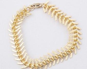 Chunky Gold Plated Fishbone Bracelet, Fish Bone Gold Bracelet, Statement Bracelet, Chunky Gold Bracelet, Fish Bone Thick Bracelet